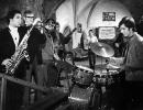 n_Die Klosterbrueder mit Henry Huebchen und dem Song DIE STRASSENBAHN